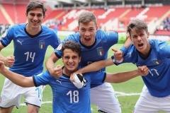 Chicco Semeraro con la squadra Under 17 dell'Italia